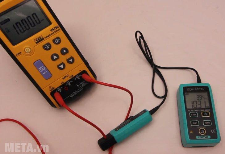 Ampe kìm Kyoritsu 2500 giúp đo dòng điện DC hiệu quả