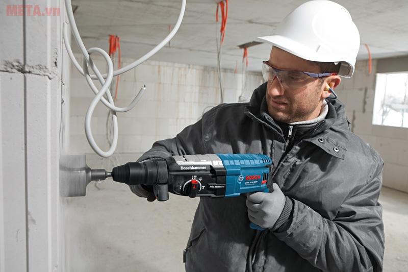 Máy khoan búa Bosch GBH 2-28 DFV sử dụng với nhiều mục đích khác nhau