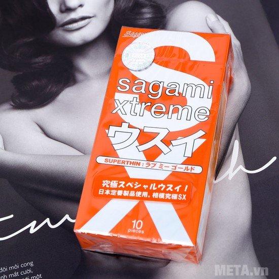 Bao cao su Sagami Love Me Gold Red màu cam