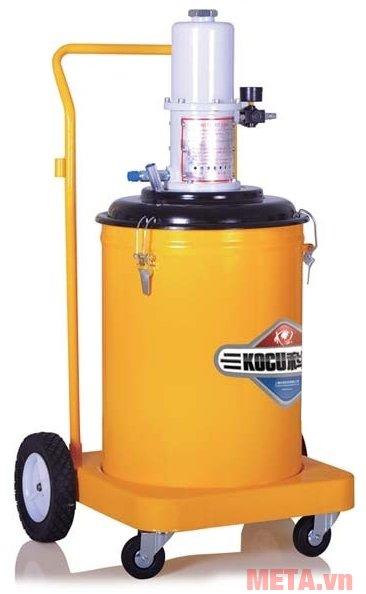 Máy bơm mỡ khí nén Kocu GZ-75B có dung tích thùng chứa mỡ 45 lít