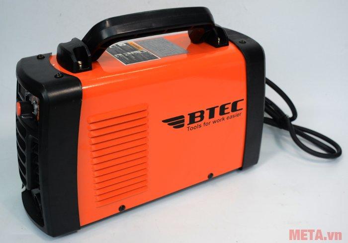 Máy hàn Inverter Btec ZX7-230D có màu cam nổi bật