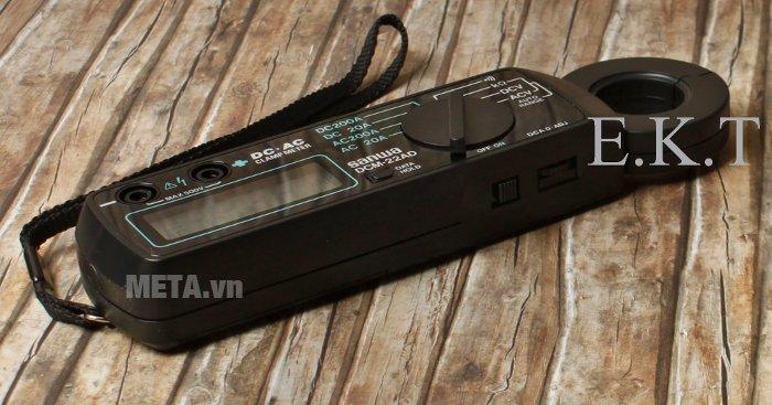 Ampe kìm Sanwa DCM-22AD đo dòng điện AC, DC