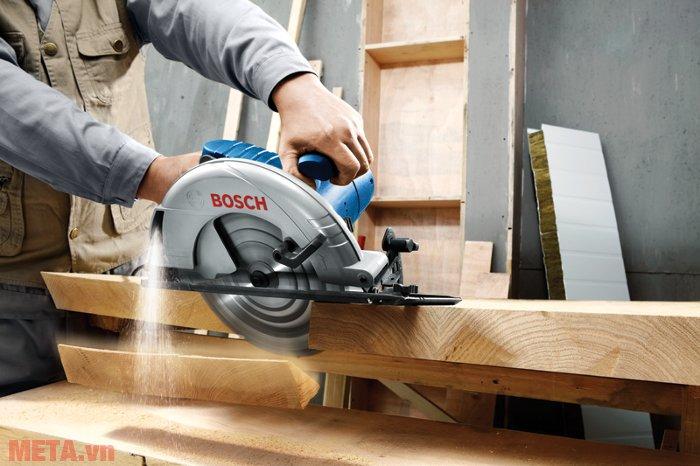Máy cưa đĩa Bosch GKS 235 cưa xẻ gỗ cực đẹp