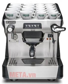 Máy sử dụng nhiều công nghệ hiện đại, đáp ứng cho nhiều lượt cà phê