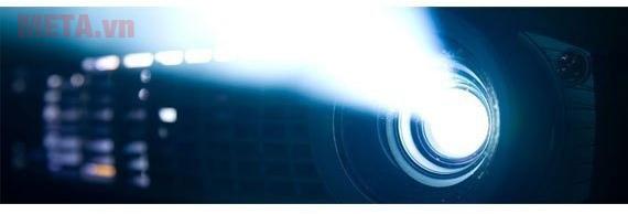 Máy chiếu Panasonic PT-LB303 có độ phân giải cao