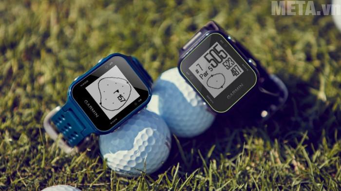 Vòng đeo tay Garmin Approach S20 liên tục cập nhật giữ liệu các sân golf trên toàn thế giới