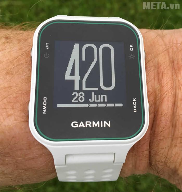 Garmin Approach S20 dễ dàng sử dụng