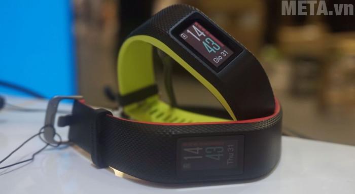 Vòng có thời lượng pin lên tới 7 ngày ở chế độ Smartwatch và 8 giờ liên tục với chế độ GPS
