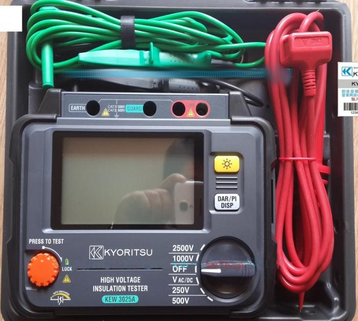 Hình ảnh máy đo điện trở cách điện Kyoritsu 3025A