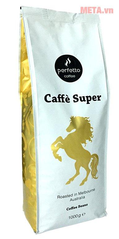 Cà phê hạt Super được đóng gói cẩn thận giúp bảo quản được hương vị của cà phê.