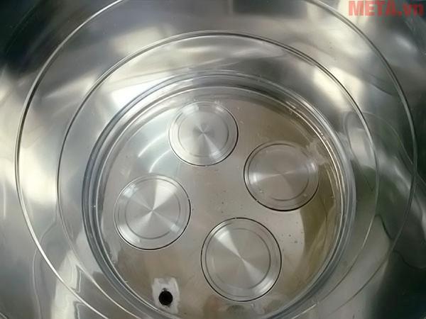 4 đĩa nhiệt cao cấp được nắp ở đáy nồi
