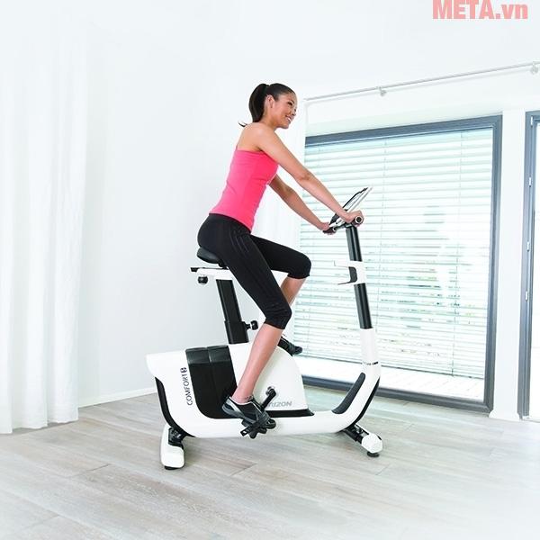 Hình ảnh xe đạp tập thể dục trong nhà Horizon Comfort 5