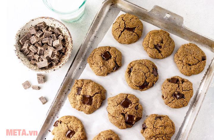 Máy trộn bột đa năng Artisan KitchenAid 5KSM150PSECZ giúp bạn tiết kiệm thời gian nấu nướng