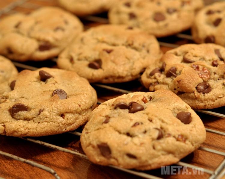 Máy trộn Artisan KitchenAid 5KSM150PSESA giúp bạn làm những món bánh cookie thật hấp dẫn