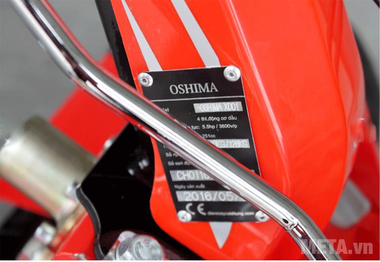 Máy xới đất Oshima XDD1 sử dụng hệ thống truyền động bánh răng