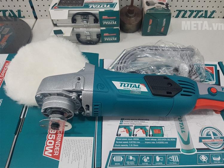Máy đánh bóng Total TP1141806 hoạt động với công suất 1400W