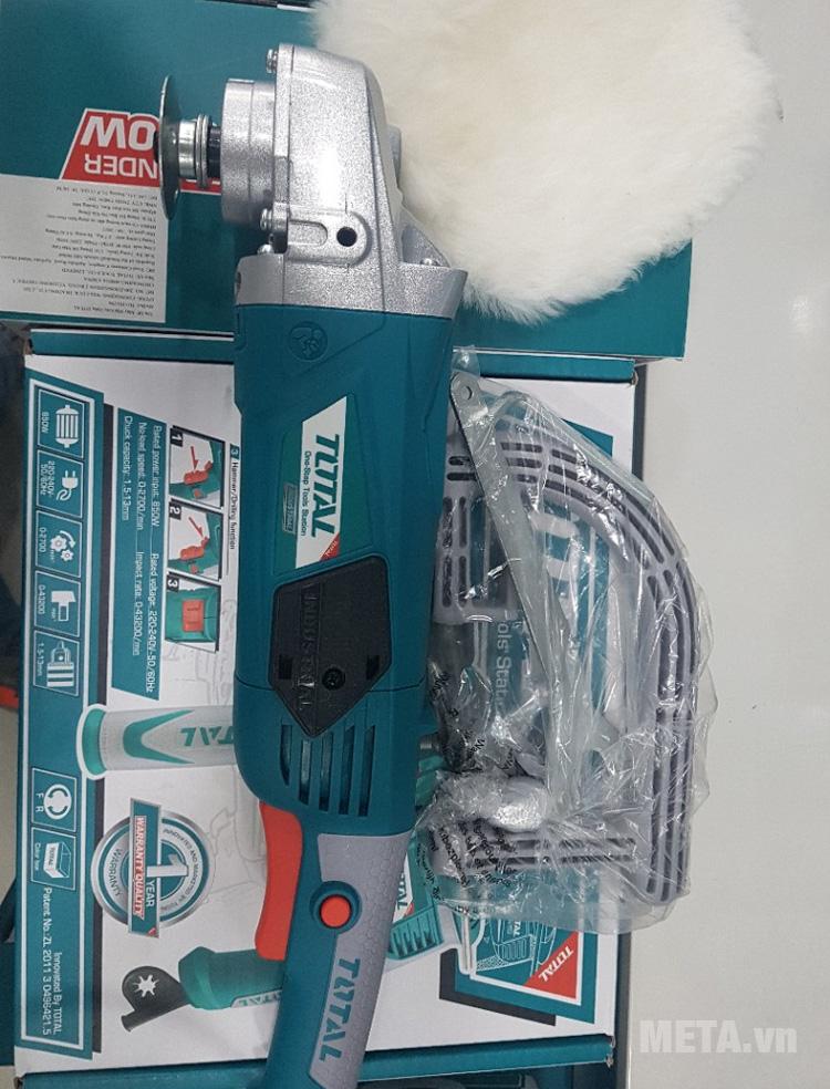 Công tắc của máy đánh bóng Total TP1141806 thiết kế tiện tay dễ dàng sử dụng