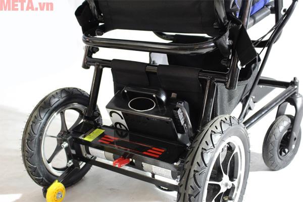 Xe lăn sử dụng pin 24V 16 AH LITHIUM phù hợp với người khuyết tật và người đnag điều trị bệnha
