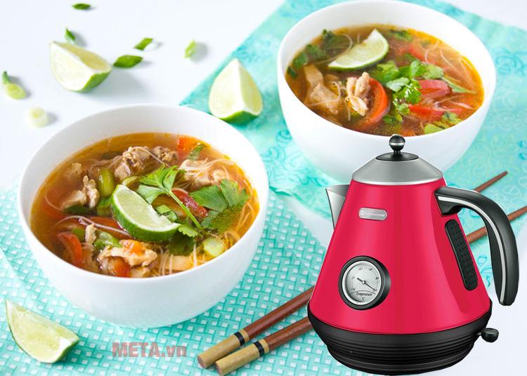 Ấm siêu tốc Kuchenzimmer 3000242 1.7 lít giúp bạn tiết kiệm thời gian pha trà, nấu mỳ