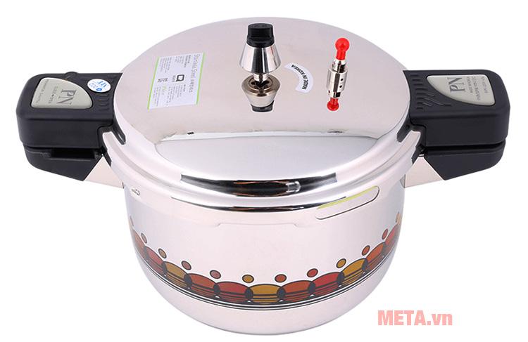 Nồi áp suất PoongNyun BSPC-20CV được làm bằng inox sáng bóng