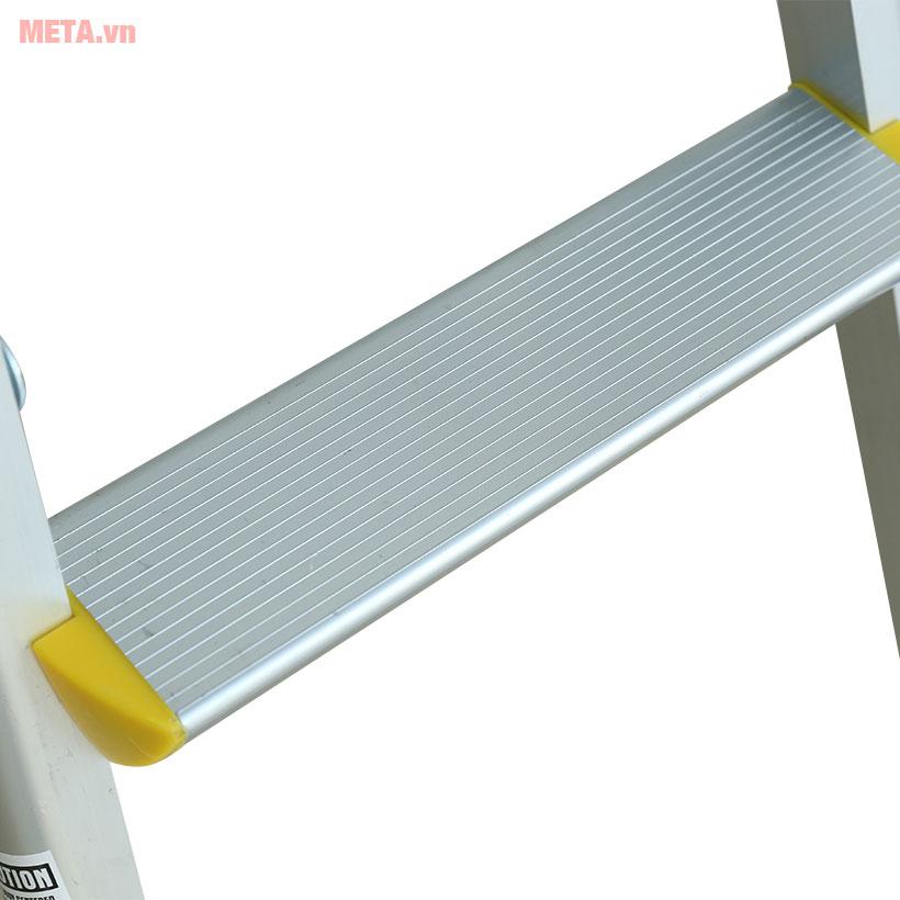 Thang nhôm gấp chữ A Nikawa NKD-03 thiết kế chắc chắn