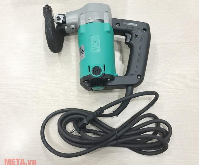 Máy cắt tôn DCA AJJ32 (J1J-FF-3.2) thiết kế dây điện với lớp cách điện dày