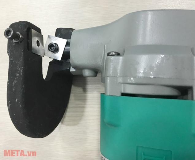 Máy cắt tôn DCA AJJ32 (J1J-FF-3.2) có kết cấu máy chắc chắn