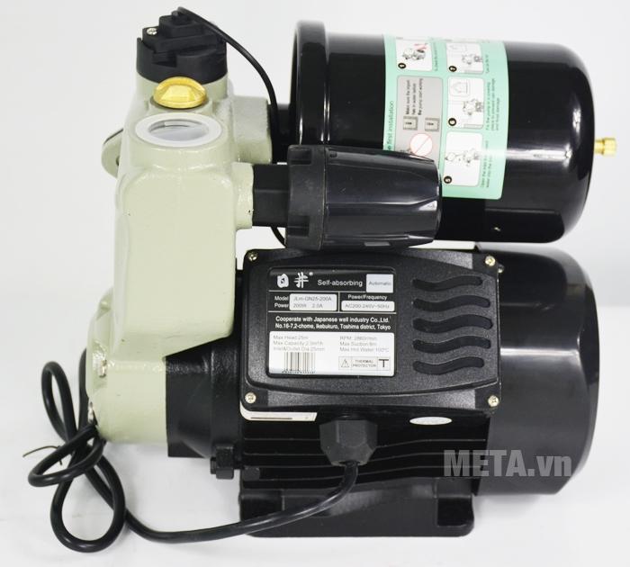 Máy bơm nước tăng áp tự động JLM 60-200A (JLM-GN25-200A) màu đen
