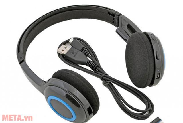 Tai nghe không dây Logitech H600 được trang bị jack cắm USB