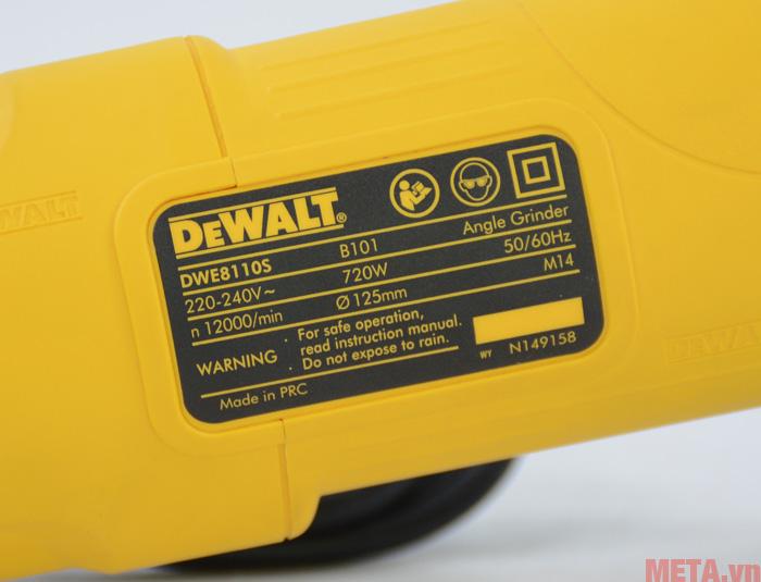 Máy mài góc DeWalt DWE8110S in thông số trên máy