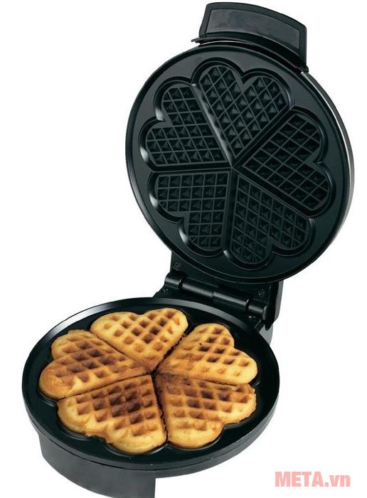 Máy làm bánh Waffle Cloer 1629 dành cho gia đình