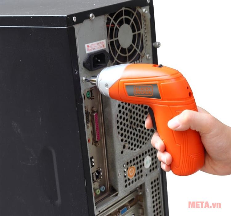 Máy vặn vít dùng pin Black&Decker KC3610 hỗ trợ bạn trong nhiều công việc