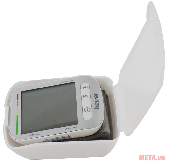 Máy đo huyết áp cổ tay Beurer BC50 có hộp đựng nhựa màu trắng