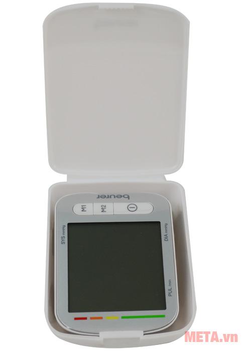 Máy đo huyết áp cổ tay Beurer BC50 có vạch màu cảnh báo tình trạng huyết áp