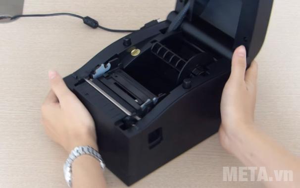 Máy in mã vạch Xprinter XP-350B mở nắp dễ dàng