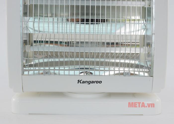 Đèn sưởi ấm Kangaroo KG1018C có chân đế bằng nhựa