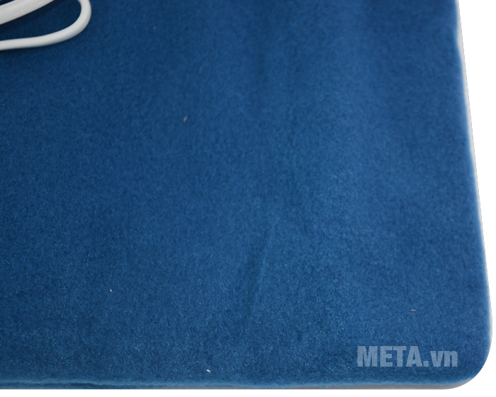 Tấm chườm điện nóng Bremed BD 7800 màu xanh dương