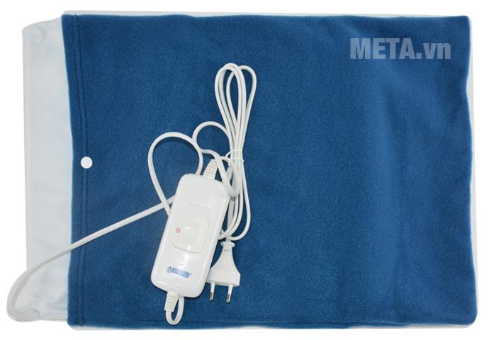 Tấm chườm điện nóng Bremed BD 7800 có kiểu dáng nhỏ gọn