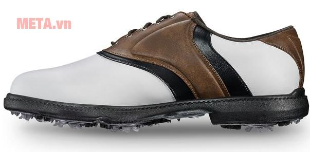Đôi giày thời trang này còn rất phù hợp để đi học, đi làm, vui chơi thể thao.
