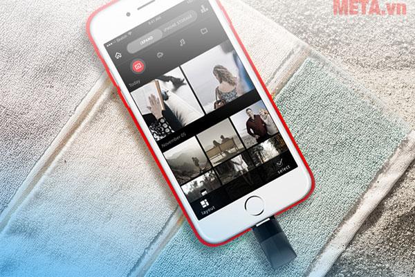 Hình ảnh sử dụng USB 16GB với điện thoại