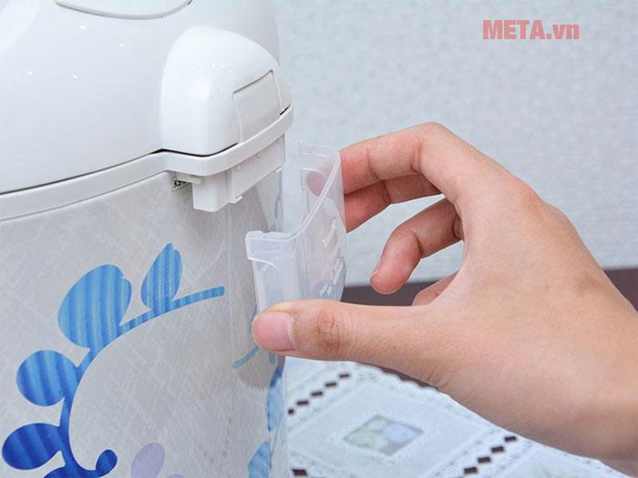 Khay đựng nước thừa giúp nồi được giữ vệ sinh sạch sẽ