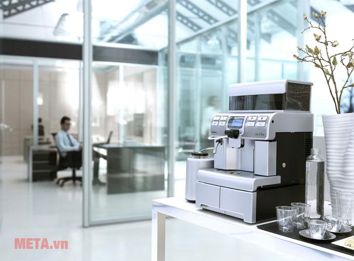 Máy pha cà phê Saeco Aulika Top HSC phù hợp sử dụng văn phòng