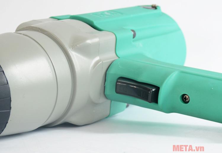 Công tắc bật/tắt của máy vặn bu lông 620W DCA APB22C (P1B-FF-22C)