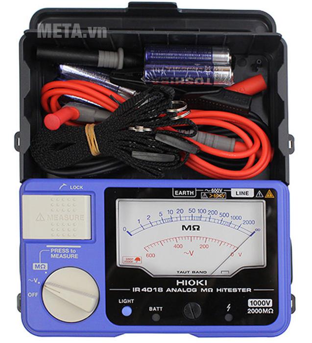 Đồng hồ đo điện trở cách điện Hioki IR4018-20 sử dụng núm vặn để chuyển đổi chế độ đo
