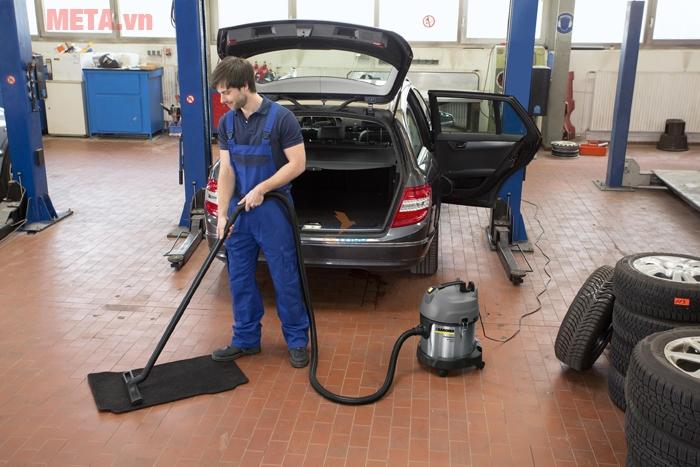 Máy hút bụi khô Karcher NT 20/1 Me Classic là sự lựa chọn tuyệt vời cho cơ sở rửa xe