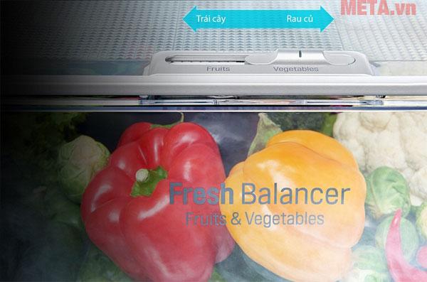 Với ngăn mát bạn có thể lựa chọn chế độ hoa quả hay rau củ
