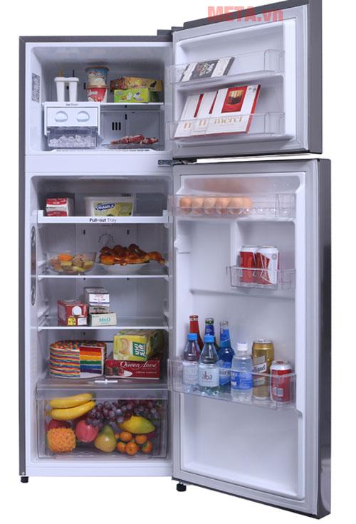 Với dung tích 208 lít tủ sẽ phù hợp với các gia đình từ 4 - 5 thành viên