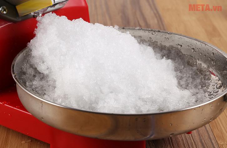 Máy bào đá tuyết dễ dàng sử dụng