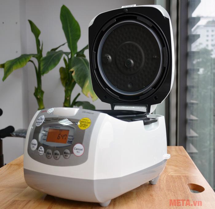 Cuckoo CRP-FA0610F là chiếc nồi cơm điện tử đa năng mọi gia đình nên sở hữu