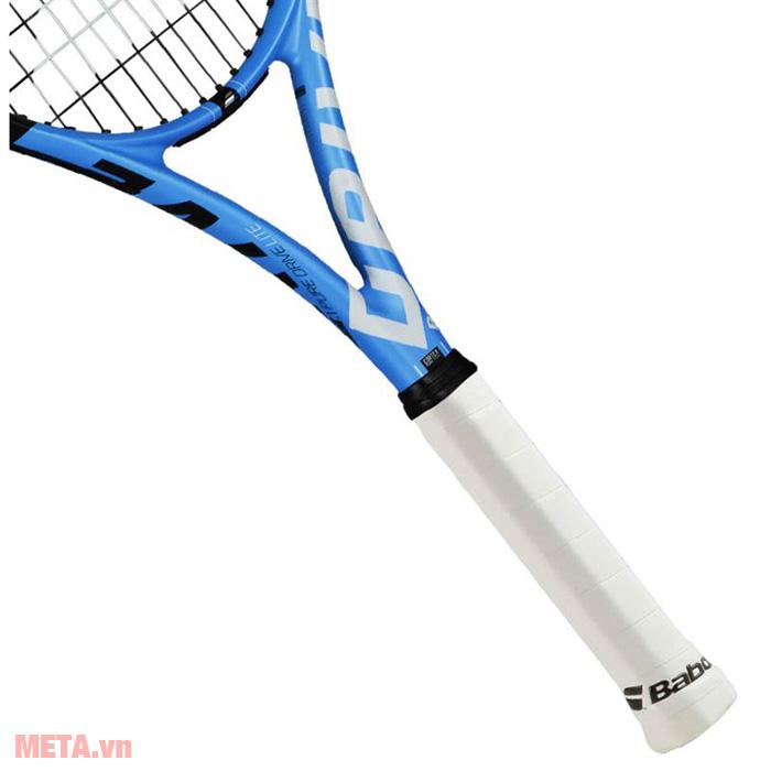 Vợt tennis căng cước sẵn